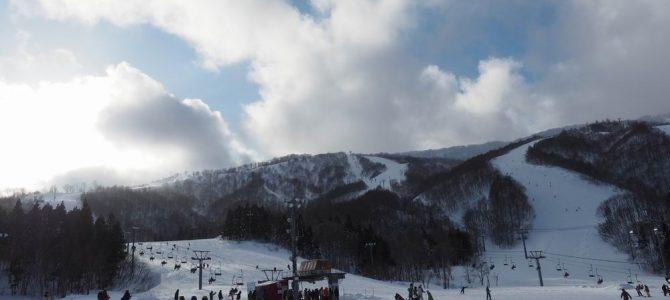 夏油高原スキー場のゲレンデ風景1