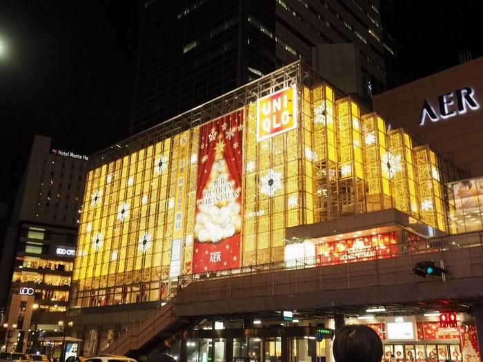 仙台ユニクロの光のページェントにドレスアップ画像