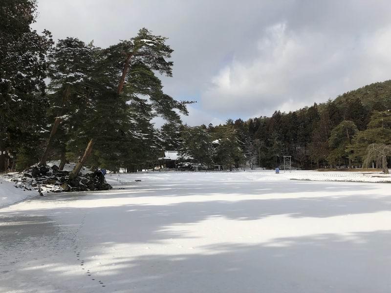毛越寺大泉ヶ池の風景をアイフォンXで撮影
