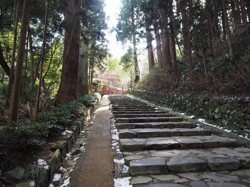 瑞鳳殿への参道の階段風景