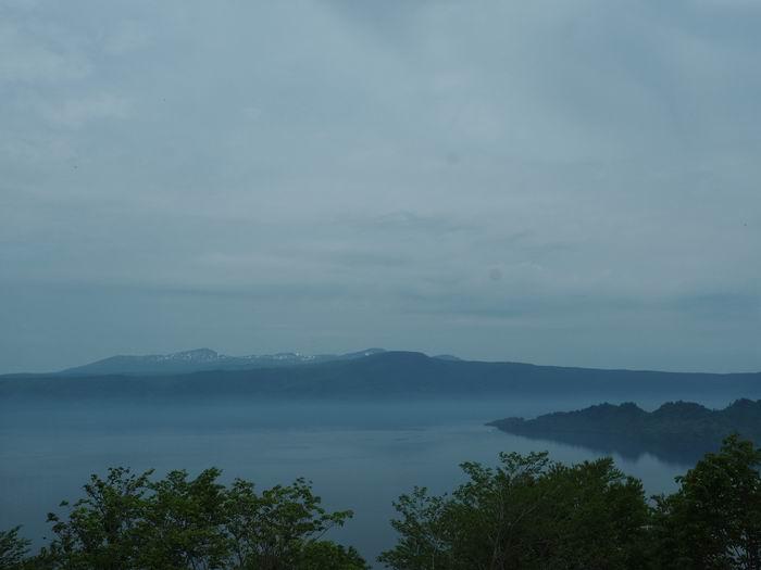 発荷峠展望台の十和田湖の眺望写真1