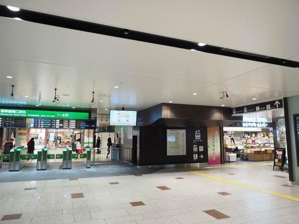 仙台駅南改札駅のコインロッカーの入り口風景