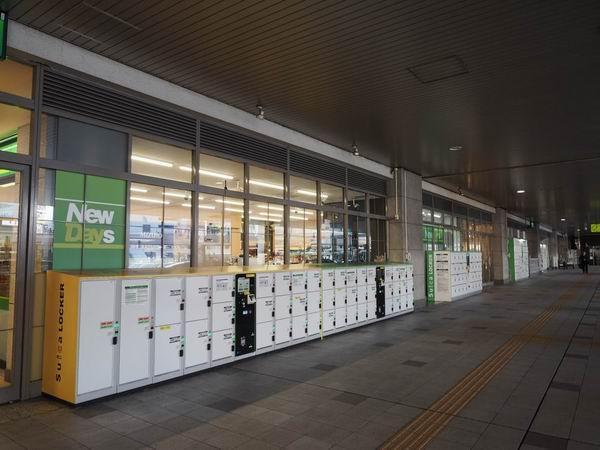 仙台駅一階のコインロッカーの風景写真
