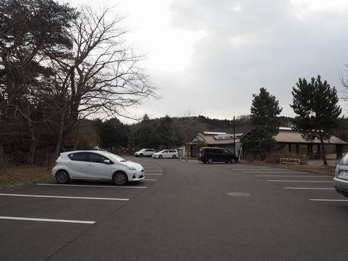 加瀬沼公園の駐車場1
