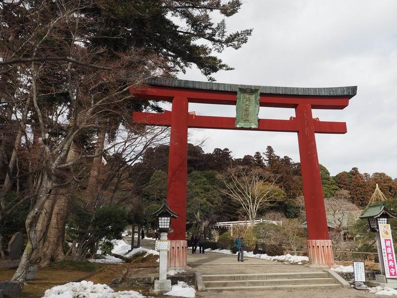 志波彦神社の鳥居
