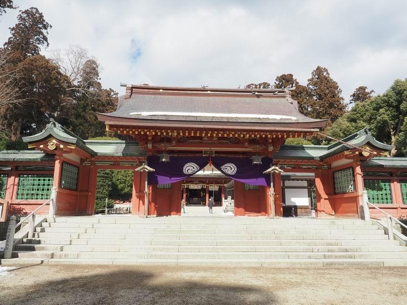 志波彦神社の山門