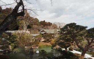 塩釜神社の庫裏の風景