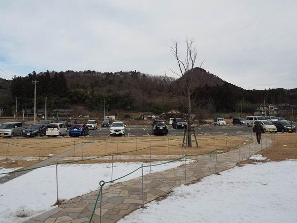 アグリエの森の駐車場の風景