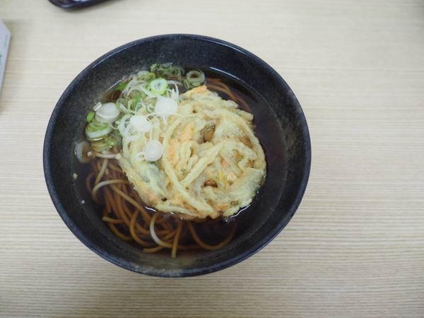 古川駅の立ち食いソバのそば