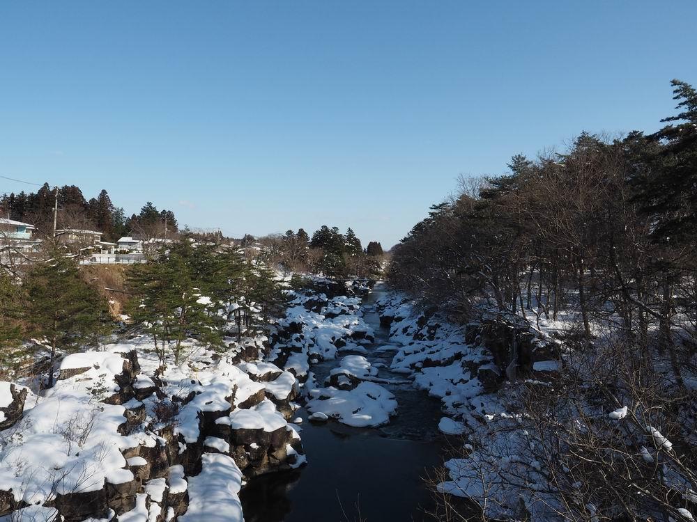 厳美渓の冬の景色の写真7