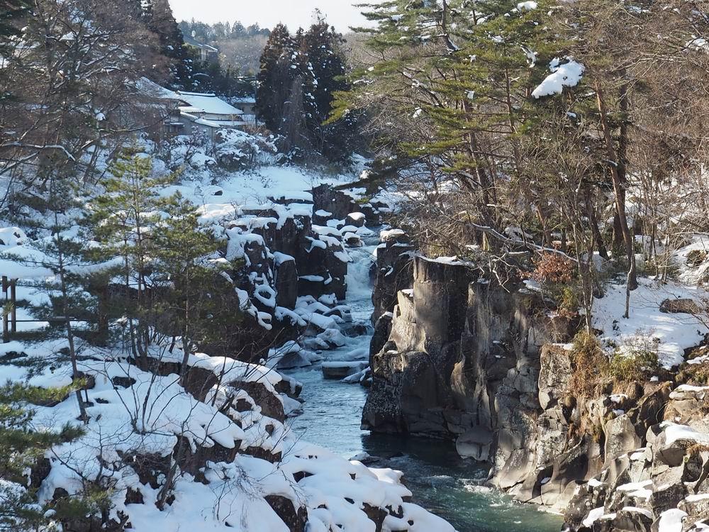 厳美渓の冬の景色の写真3