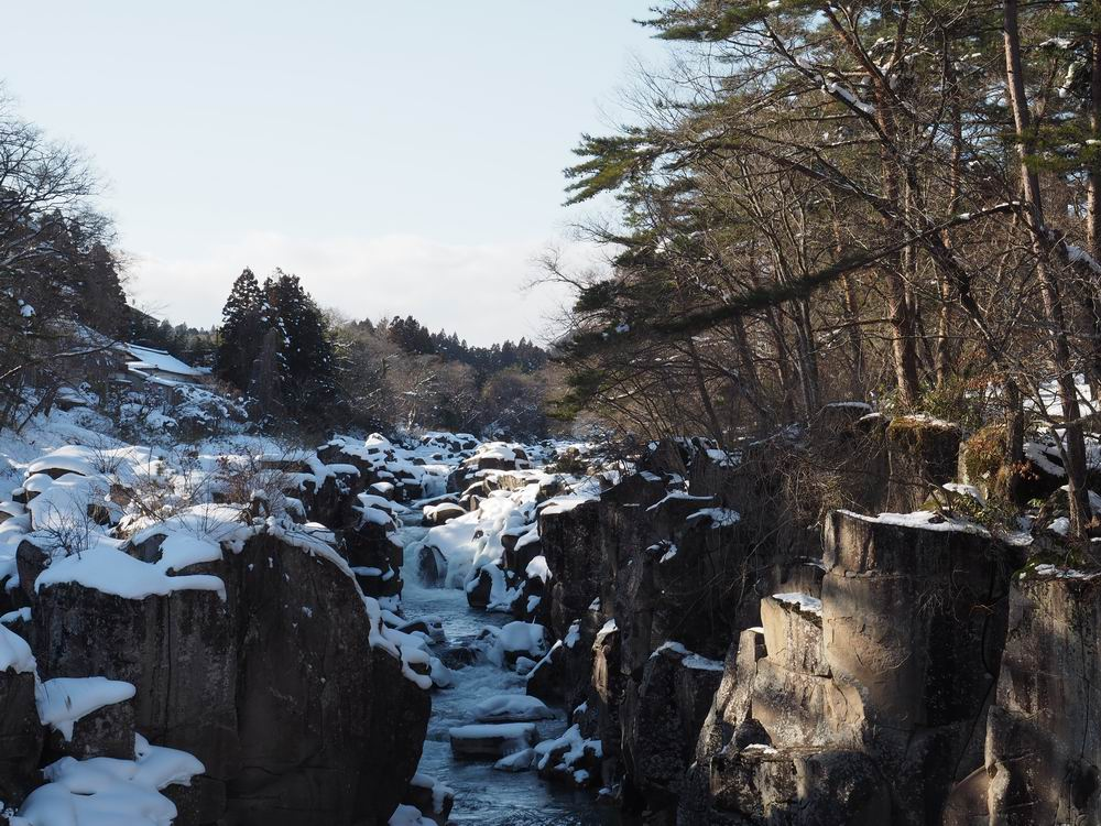 厳美渓の冬の景色の写真5