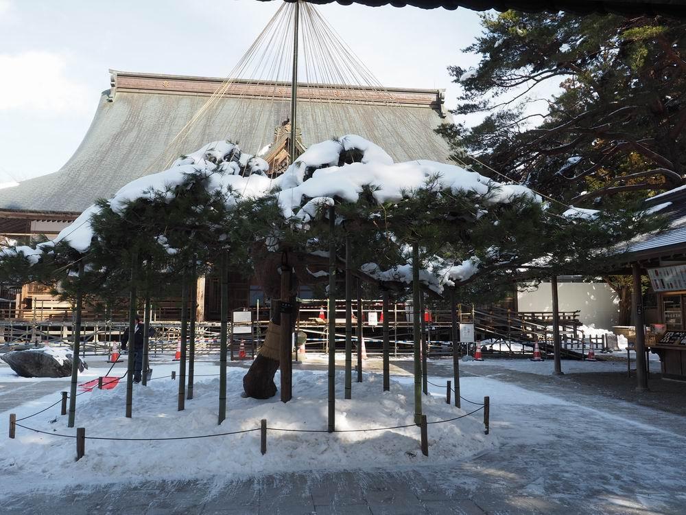 冬2月の中尊寺本堂の風景