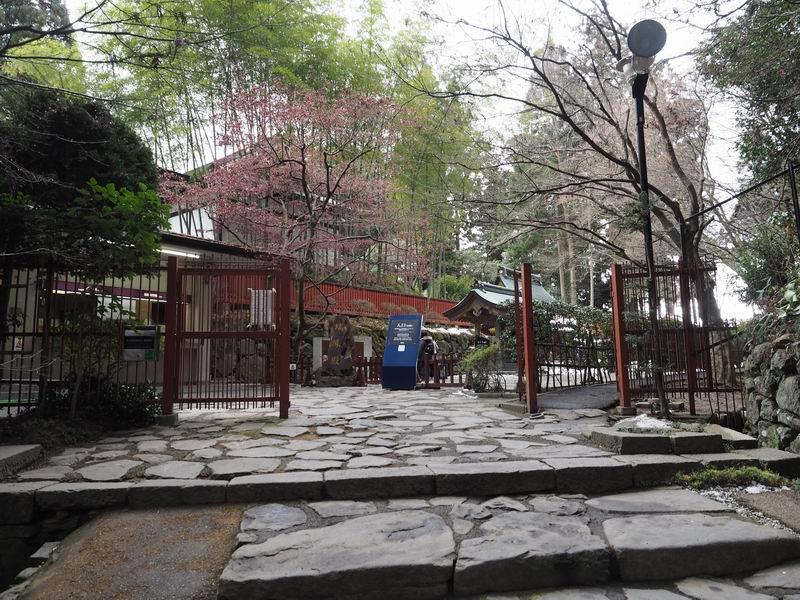 瑞鳳殿の入り口の風景