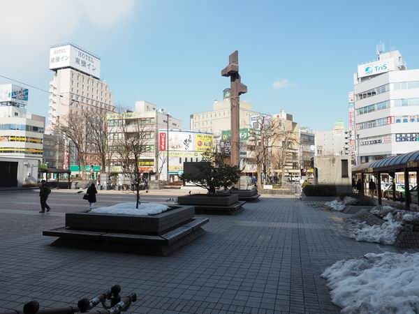 盛岡駅の待ち合わせ場所の駅前のロータリー