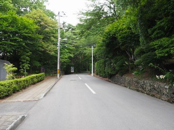 釜淵の滝の駐車場付近の風景写真