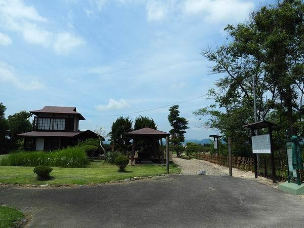 賢治先生の家の風景全景写真