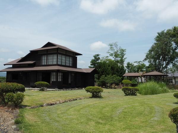 賢治先生の家の全景写真
