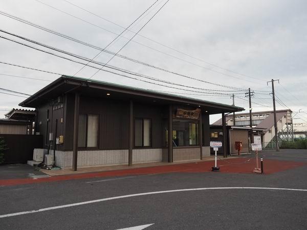 石越駅の駅全景写真