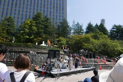 仙台ジャズフェス勾当台公園のステージ風景写真