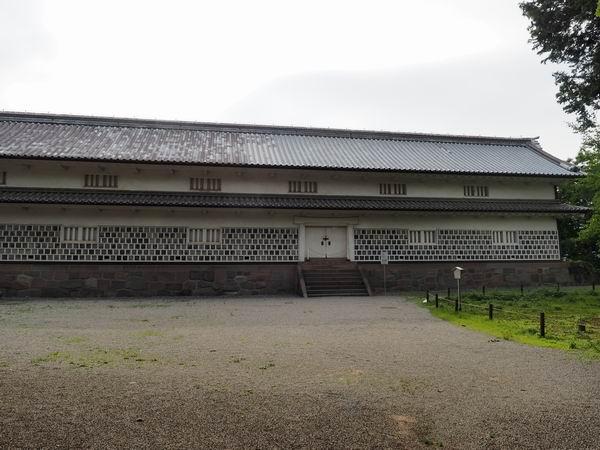 金沢城址公園の三十間長屋の風景写真