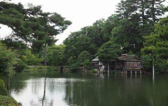 兼六園霞ヶ池の内橋亭の風景写真