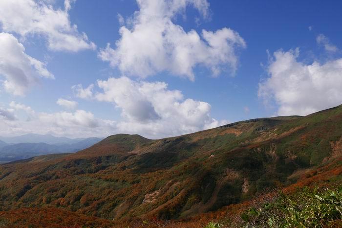 栗駒山の登山中央コースの風景