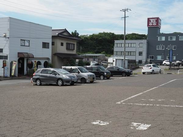 松島駅の駐車場の写真
