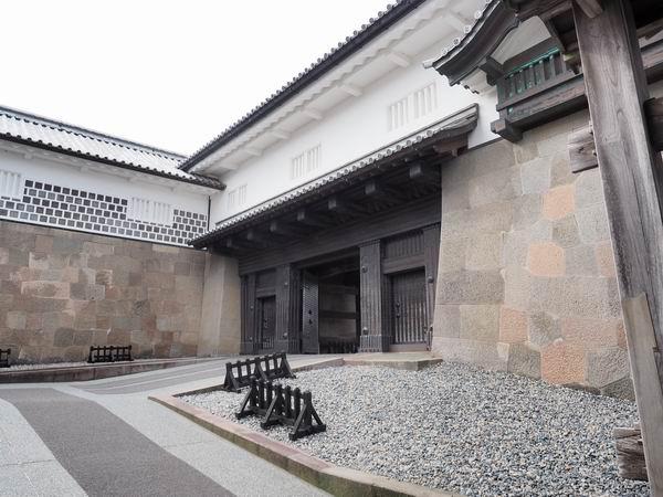 金沢城の石川門の写真