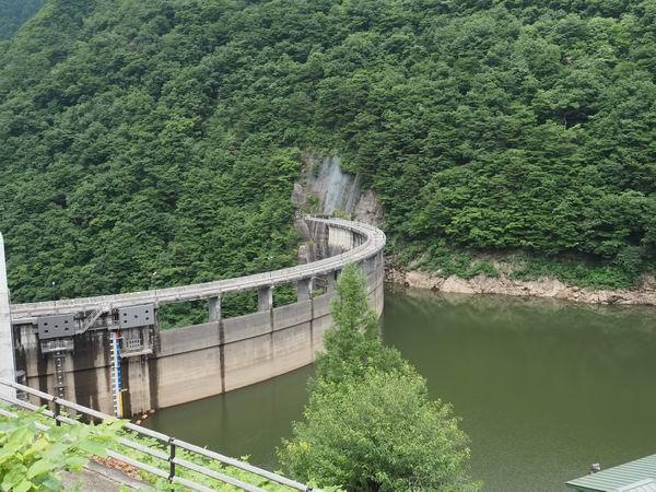 鳴子ダムの7月の風景写真