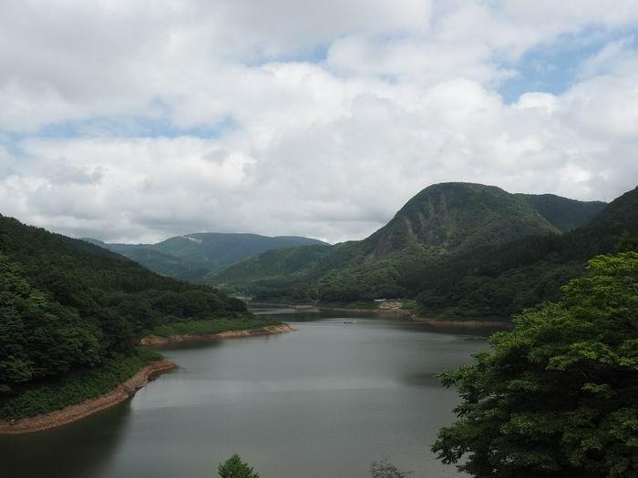 鳴子ダムの夏の風景写真