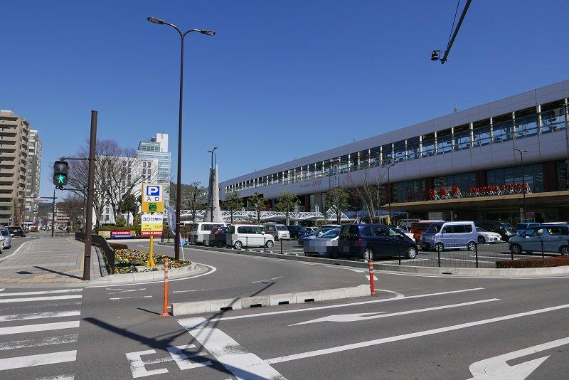 西口の一般車乗降場所と進入経路の写真2