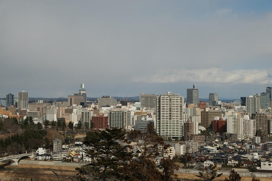 青葉城址公園から仙台市内一望した写真