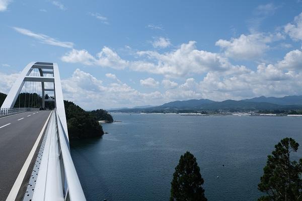 気仙沼大橋の景色の写真