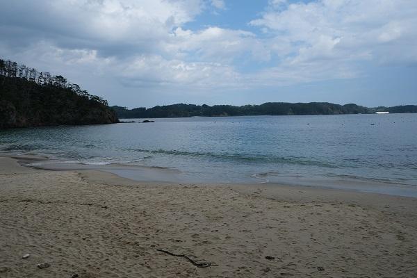 十八鳴浜(くぐなりはま)の景色の写真